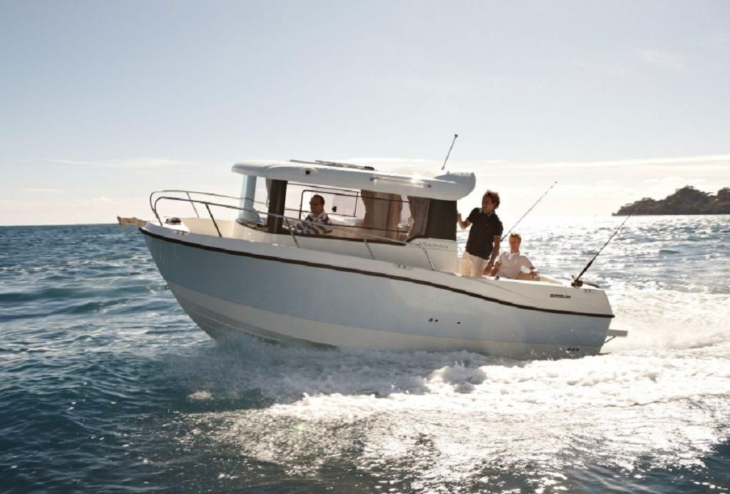 Quicksilver 675 Pilothouse 175PS Lagerboot
