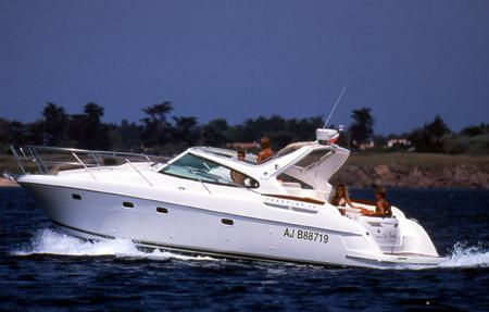 Jeanneau Prestige 34 Open Manufacturer Provided Image