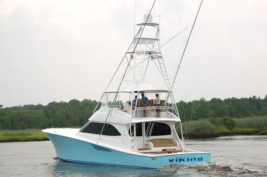 Viking Yachts Convertible Photo 1