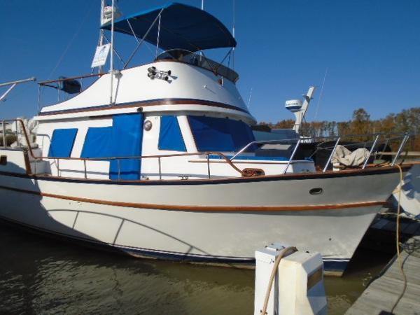 CHB 39 Aft cabin Trawler