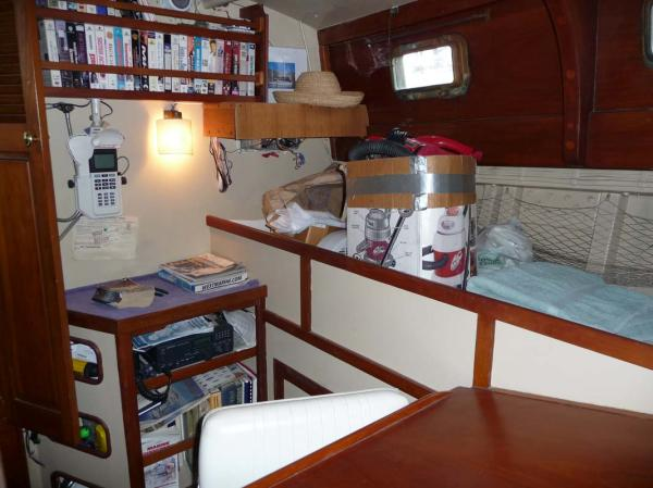 Midship Guest Cabin-Port side