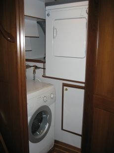 DeFever 50 Laundry Room