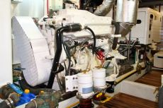 DeFever 50 John Deere 300HP Diesel Engine