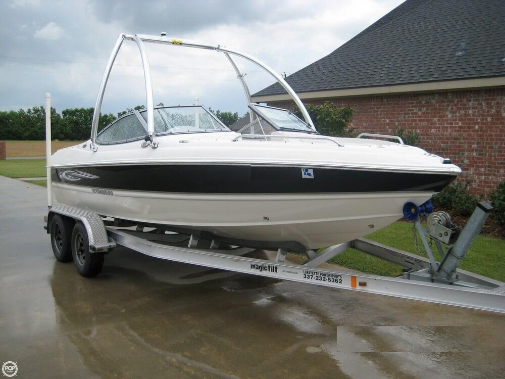 St Martin 205 LR Bowrider 2008 Stingray 205 LR Bowrider for sale in Rayne, LA