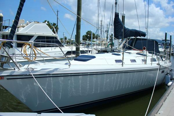 Catalina 42