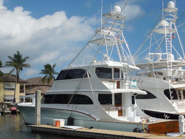 Buddy Davis 78 Sportfish Dockside
