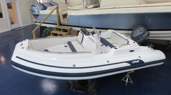 AB Inflatables 14 DLX Nautilus