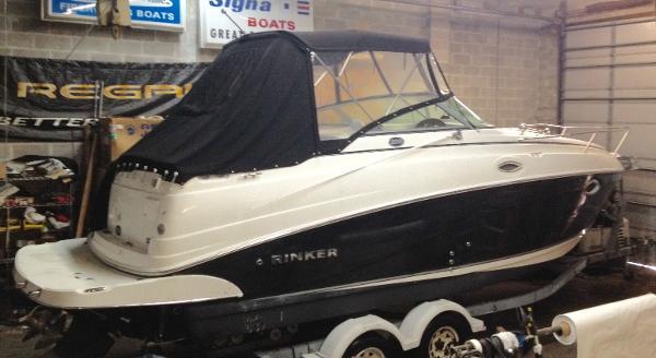 Rinker 250 Express Cruiser Rinker