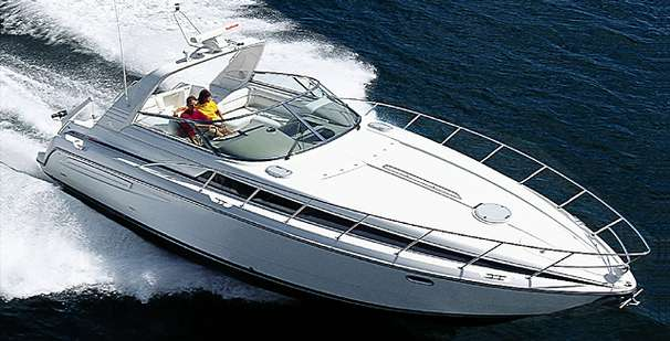 Bayliner 4085 Avanti Graceful Cruising
