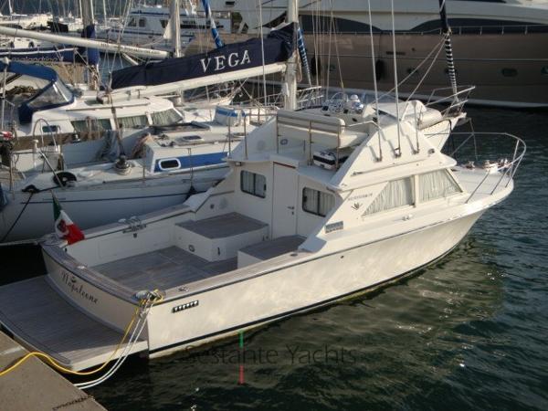 Bertram Yacht 28' Fbc DSC01739