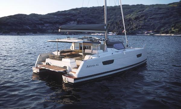 Fountaine Pajot Astrea Fountaine Pajot Astrea