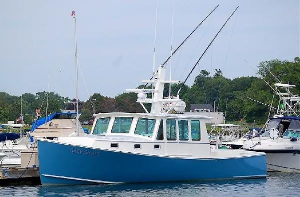 Northern Bay Custom Downeast Split Wheelhouse