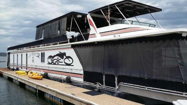 Stardust Houseboat