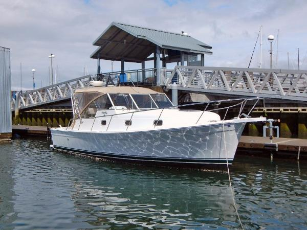 Mainship 34 Pilot Fast Express Cruiser Main