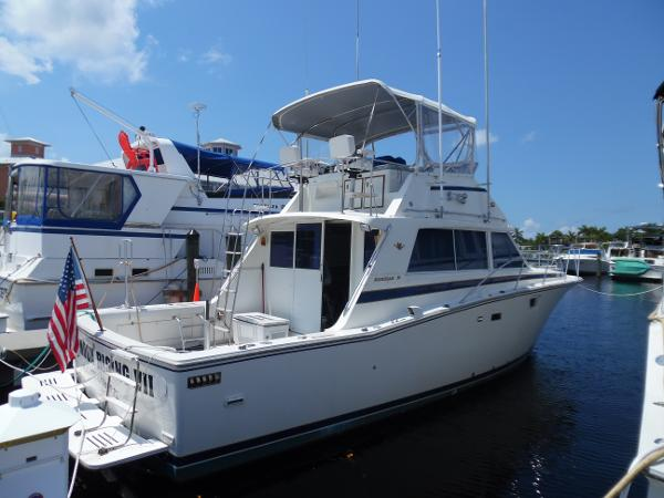 Bertram 38III Convertible Starboard Side at the Dock