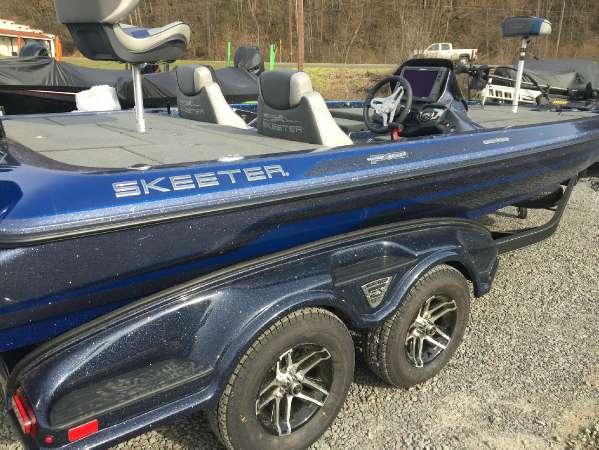 Skeeter LE-FX20