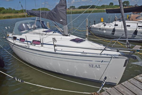 Bavaria 30 Cruiser Bowthruster