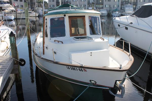 Eagle 32 Trawler