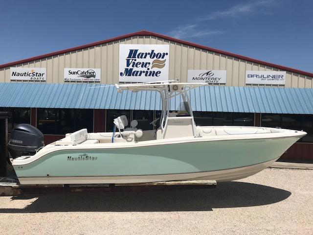 NauticStar XS Series Boat 2500 XS