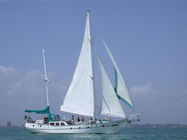 Hudson Force 50 Ketch