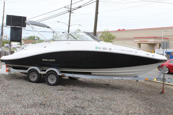 Sea-Doo Sport Boats 230 Challenger SE