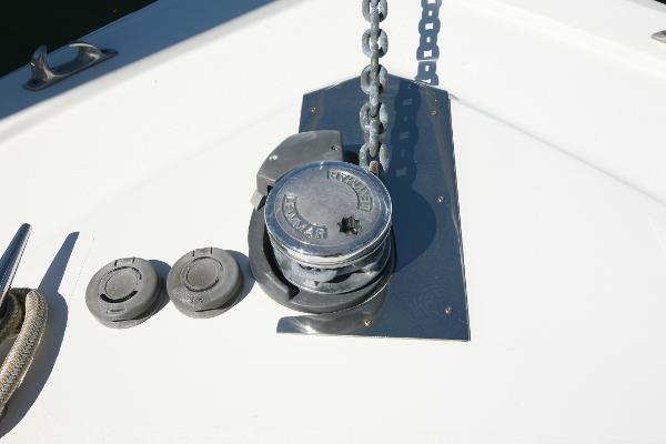 Lewmar windlass