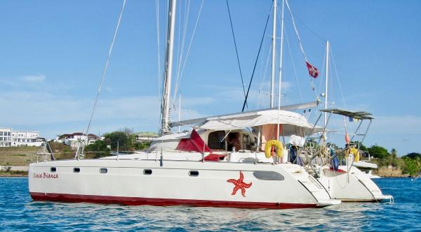 Fountaine Pajot Venezia 42 Fountaine Pajot Venezia 42 For Sale in Tahiti