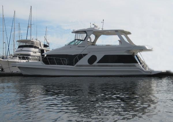 Bluewater Yachts 5200 Millennium Bluewater 5200