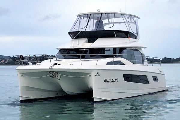 Aquila 44