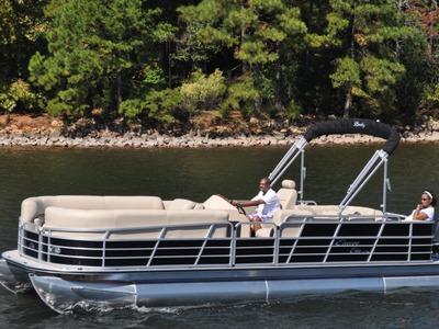 Encore Boat Builders Bentley Elite Lounger 250/253