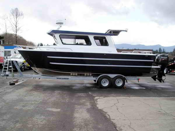 Saltwater Sport Fishing Boat Aluminum 28 ft