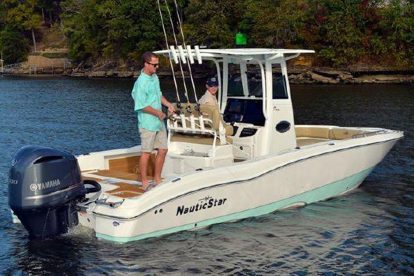 NauticStar 251 Hyrbid