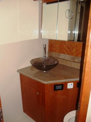 mstr vanity/sink