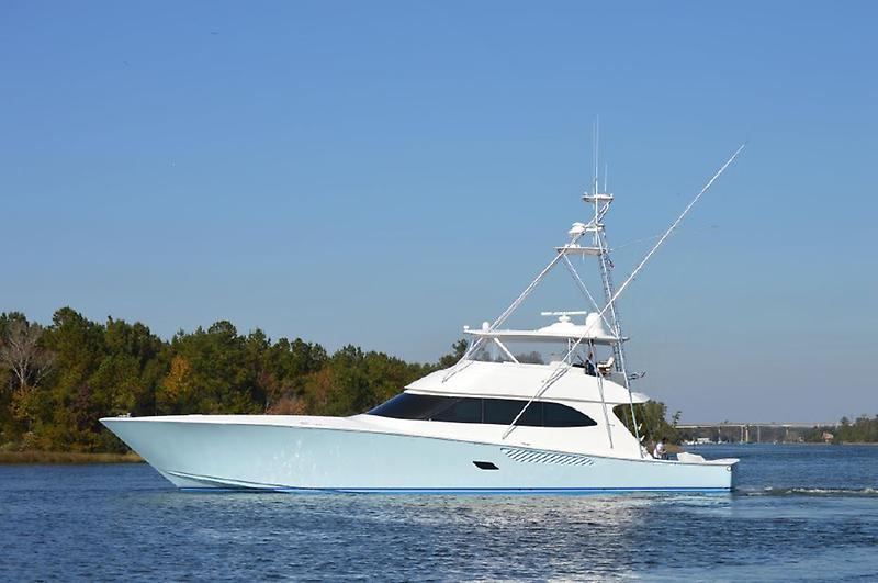 Viking 82 Convertible 1.jpg