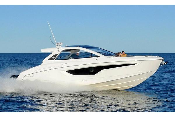Cruisers Yachts 42 GLS