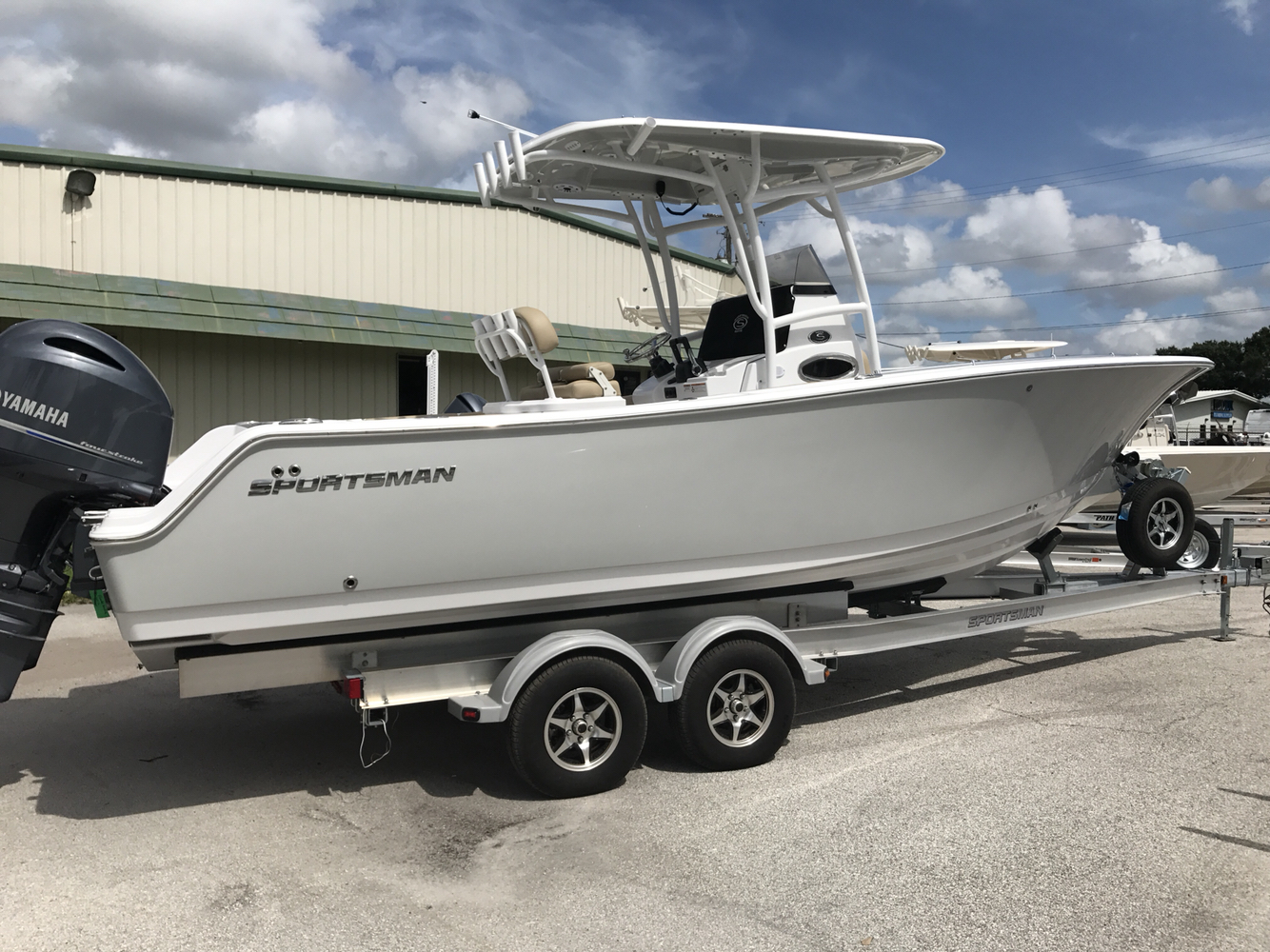 Sportsman Boats Open 252 Center Console