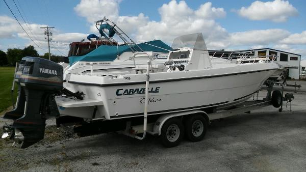 Caravelle Boats 28 Center Console