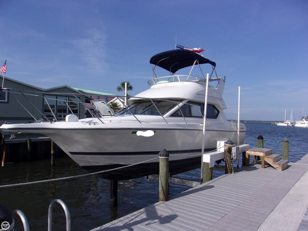 Bayliner Ciera 2858 CB 2002 Bayliner Ciera 2858 CB for sale in Jensen Beach, FL