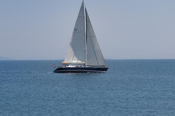 X - Yachts X-73