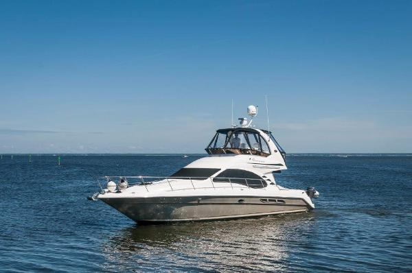 Sea Ray 420 Sedan Bridge Port Profile