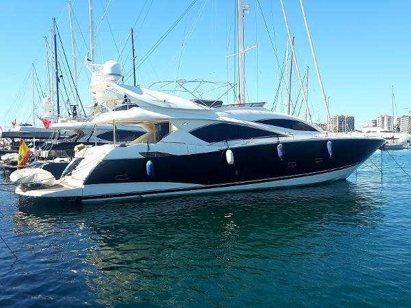 Sunseeker 82 Yacht Buy Sunseeker 82 Yacht for sale