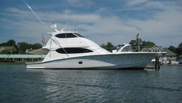 Hatteras 68 Enclosed Bridge Profile Stbd View Aft