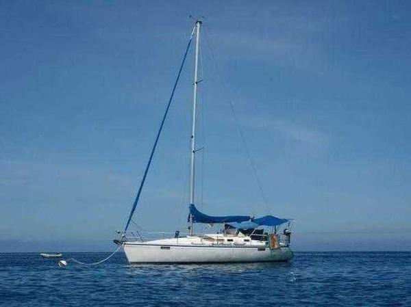 Beneteau Oceanis 350 BENETEAU Océanis 350