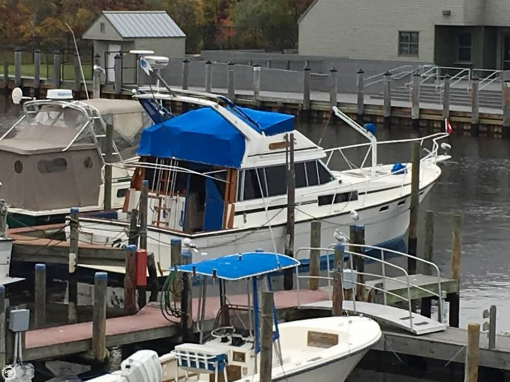 Bayliner 3870 Motoryacht 1986 Bayliner 3870 Motoryacht for sale in Patchogue, NY