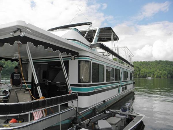 Sumerset 16x72 Houseboat