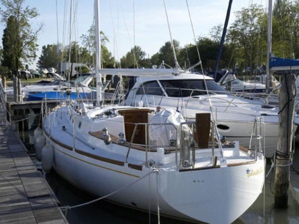 Sailboat MANCINI 40 one off