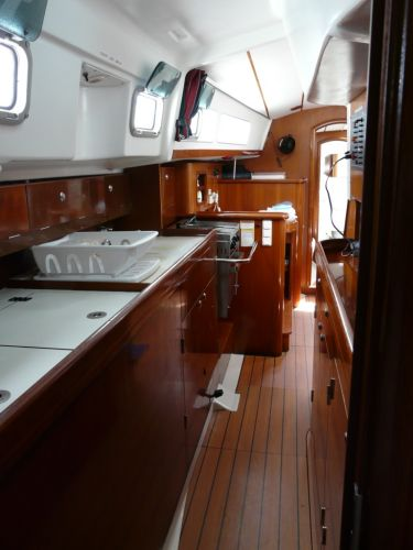 Galley/nav station