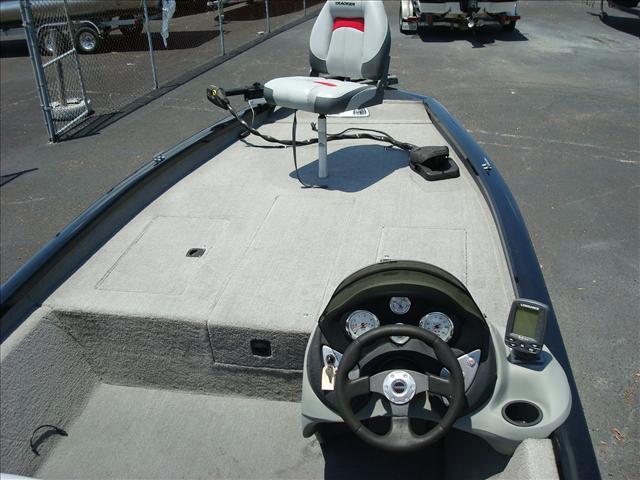 TRACKER BOATS Pro Team 190 TX