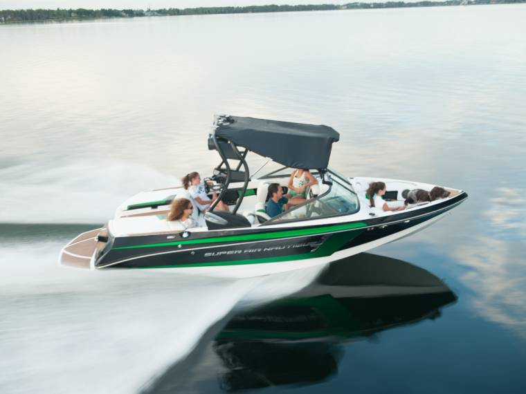 Correct Craft Nautique Super Air Nautique 210