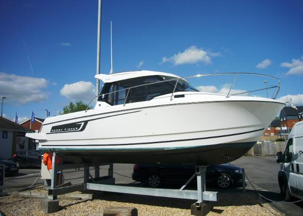 Jeanneau Merry Fisher 795 Merry Fisher 795